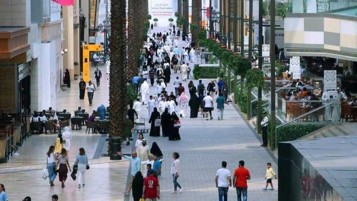 Kuwait banned expats from 20 countries