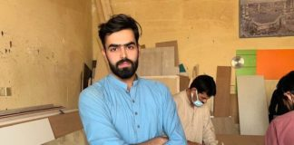 Pakistani carpenter becomes model in Saudi Arabia after his photo goes viral